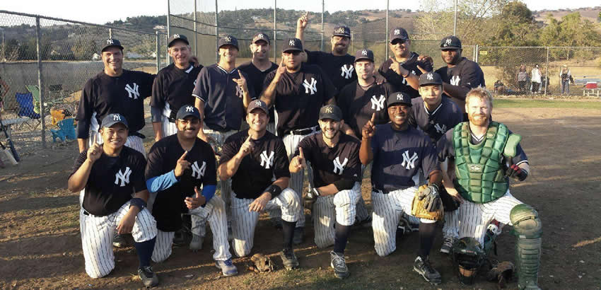 2014 Ettare Champion Yankees Team Photo!